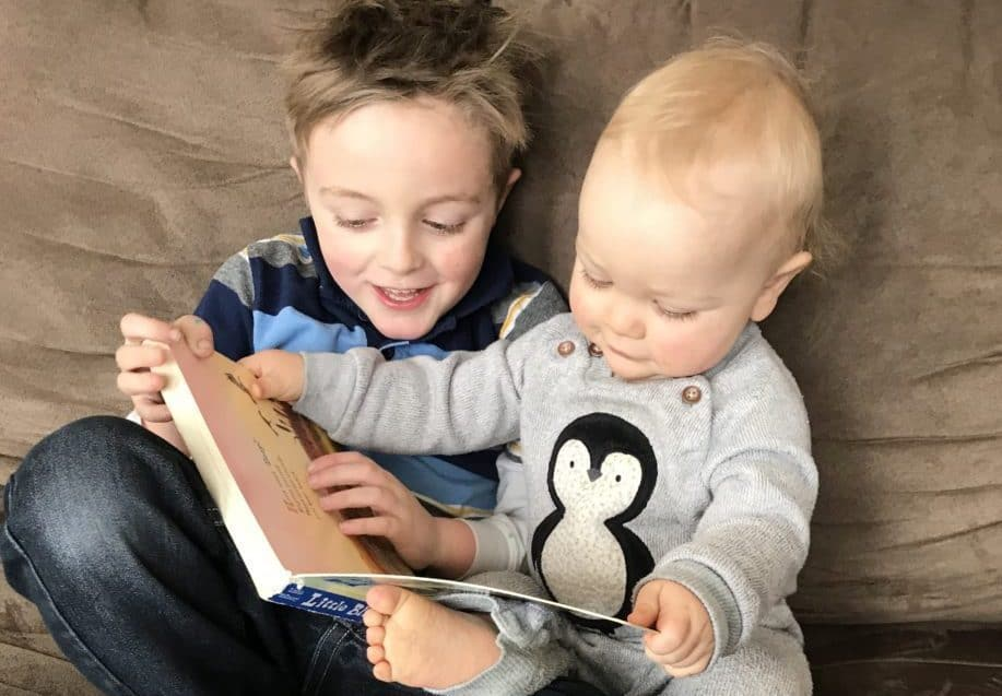 Best read aloud picture books for kids and parents - two boys reading