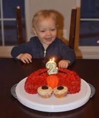 Strange How To Make An Easy Elmo Birthday Cake For Cheap A Diy Tutorial Personalised Birthday Cards Veneteletsinfo